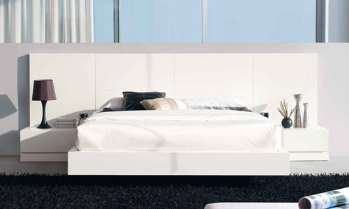 Catia Wooden Headboard Bed