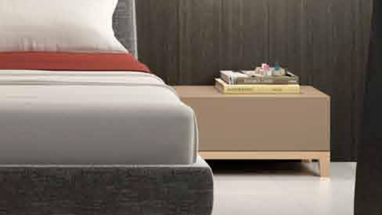 Siena Bedside Table by Expormim
