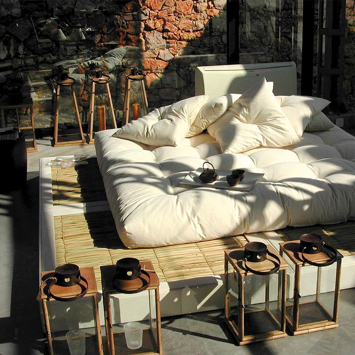 Japonesa Bed by Botaca
