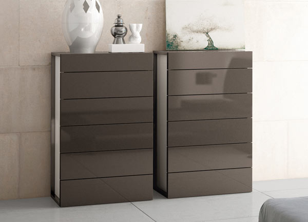 Aris M6 drawers by Brito