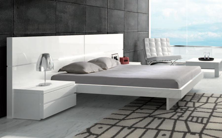 Aris Bedside by Brito