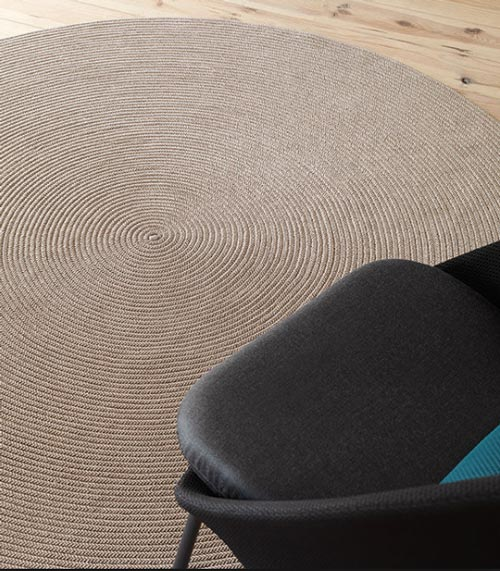 Spiral Rug by Expormim