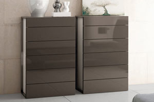 Brito M6 Chest of Drawers