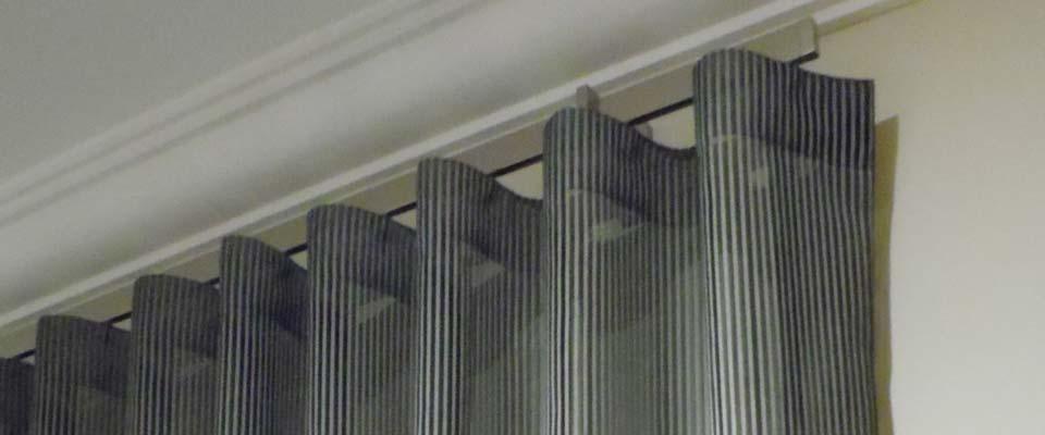 curtain banner 7