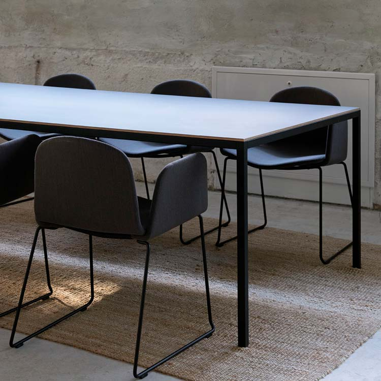 Dry Dining Table