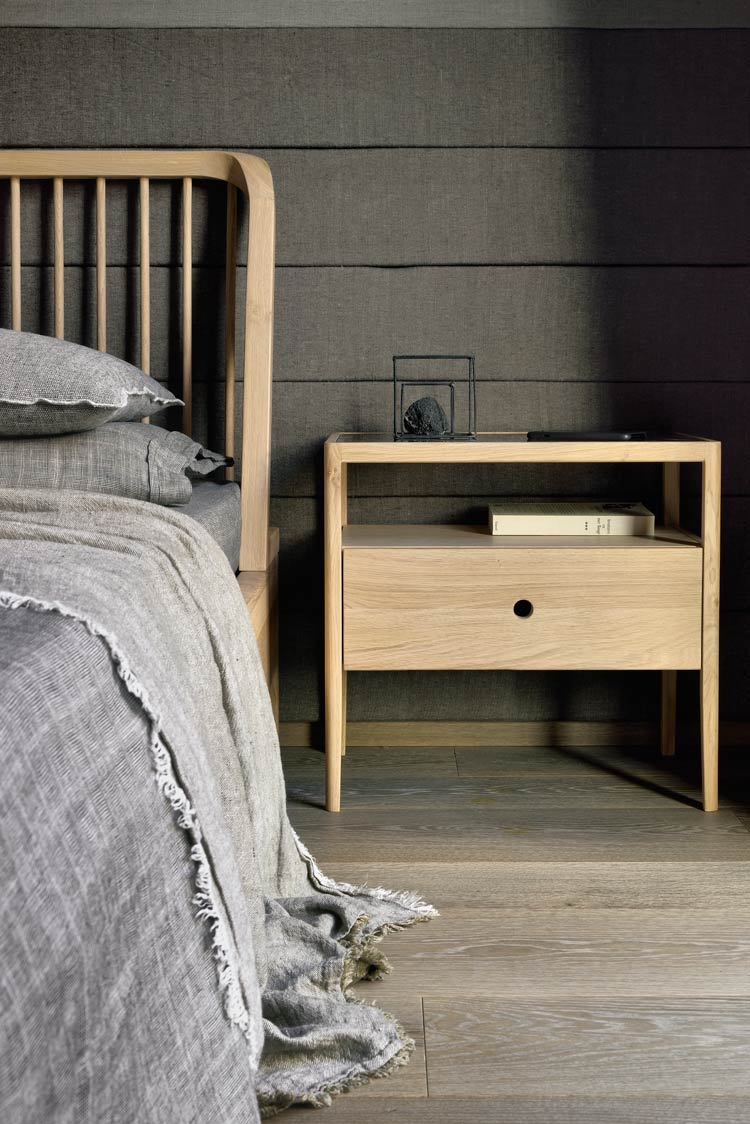 Spindle Bedside by Ethnicraft in Portugal