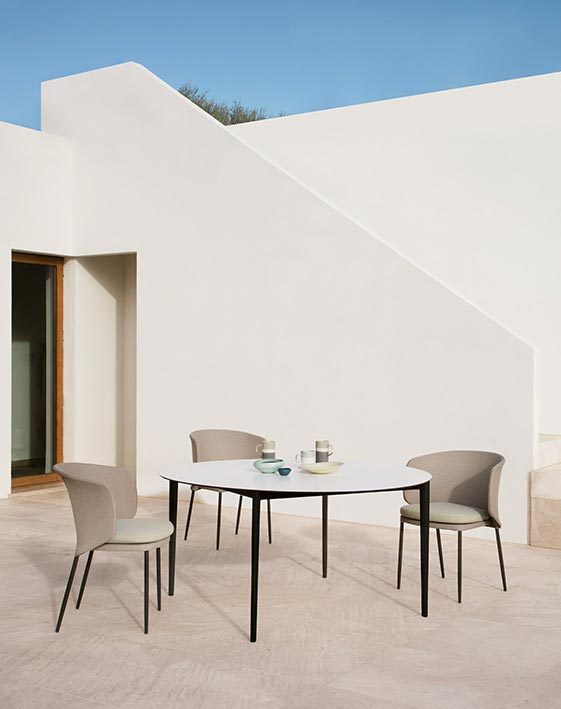 Nude Exterior Table by Expormim