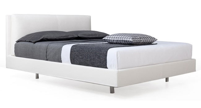 Marie Cushion Bed by Joquer