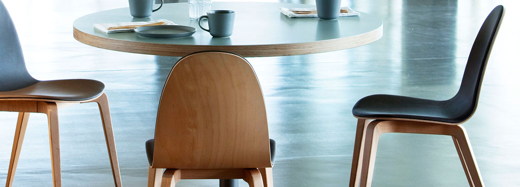 Ondaretta Dining Chairs
