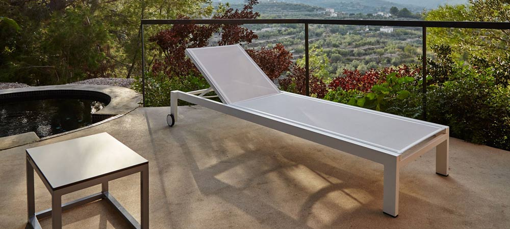 Jazz Lounger by Point