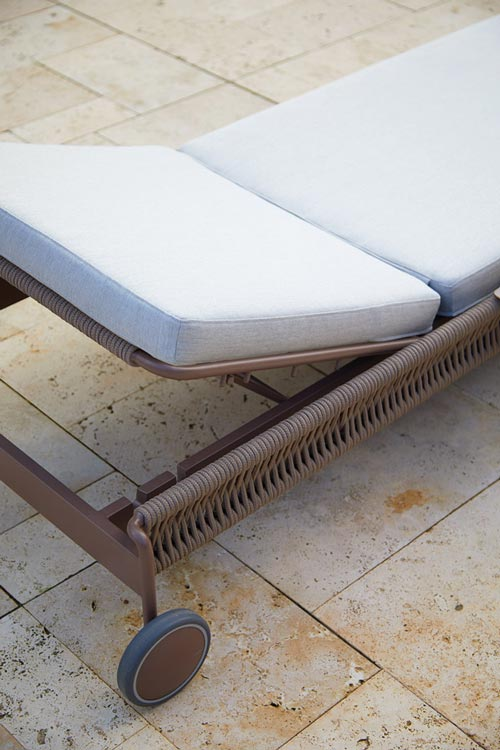 Weave Lounger