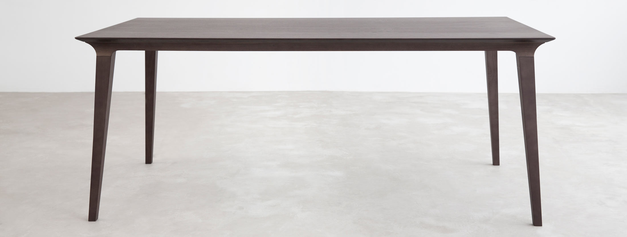 Lau Dining Table by Stua