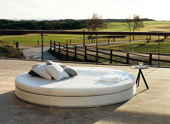 Slim Bed Sunlounger