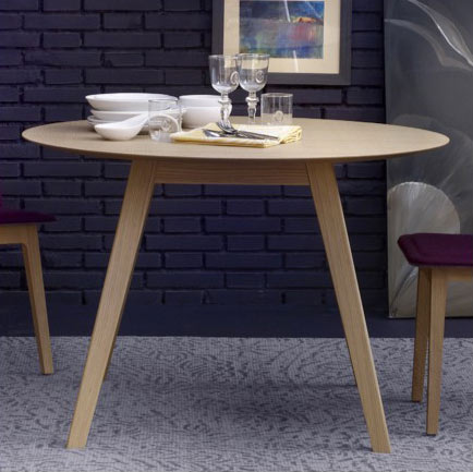 Aise Round Dining Table